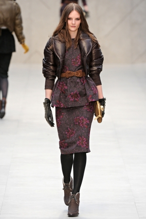 handschoenen trend winter 2012 2013 gloves burberry