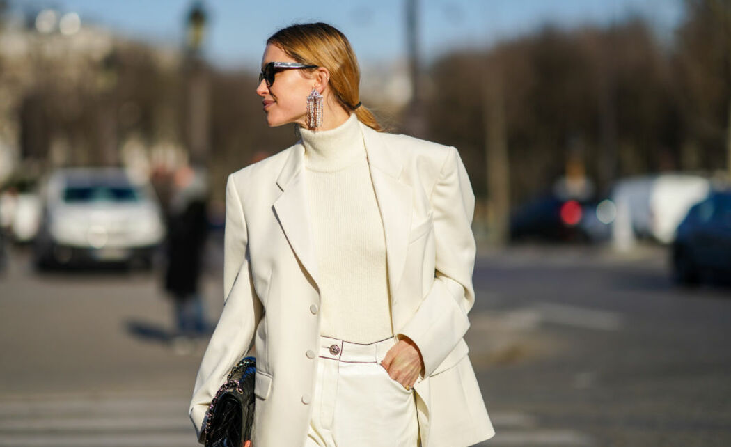 /ckfinder/userfiles/images/trendalert/202001/GettyImages-white-outfit-1201933173.jpg