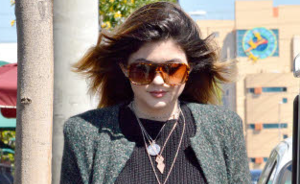 OOTD: Kylie Jenner in maxi vest
