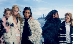 Dutchie Imaan Hammam showt winterjassen in Vogue US