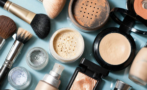 Make-up producten met de meest aparte namen