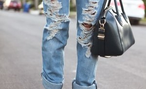 Be inspired: ripped boyfriend jeans