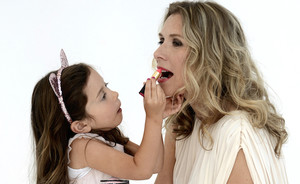 And the L'Oreal Paris Beauty Mama of the Year is…