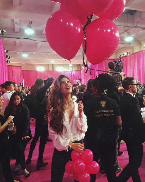 Nederlandse bloggers backstage bij Victoria's Secret Fashion Show