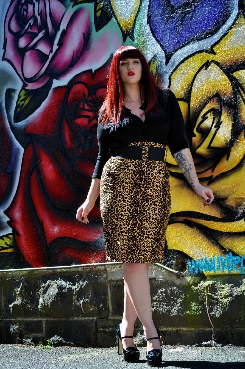10x plus-size fashion bloggers curves to kill