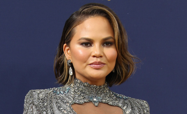 /ckfinder/userfiles/images/Fashionscene/Beelden%202018/September%202018/BP_34889775%20chrissy%20teigen%20thumb.jpg