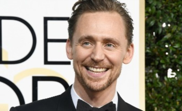 /ckfinder/userfiles/images/Fashionscene/artikelen/Beelden%202017/Januari/Tom%20Hiddleston%20thumb.jpg