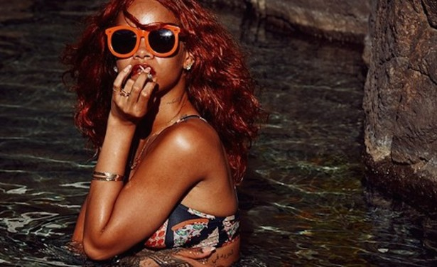 /ckfinder/userfiles/images/trendalert/201504/1429619501_rihanna-swimsuit-hawaii.jpg