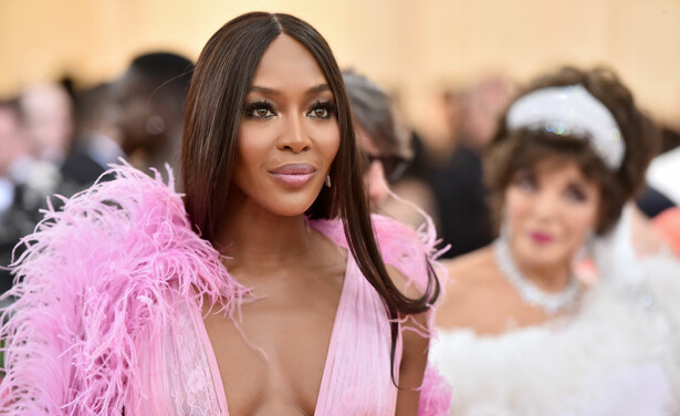 /ckfinder/userfiles/images/trendalert/201907/GettyImages-1147427941%20Naomi%20Campbell%20Cannes%20Film%20Festival.jpg