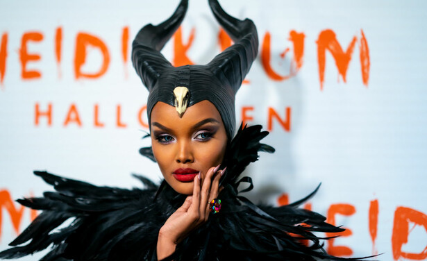 /ckfinder/userfiles/images/trendalert/201910/GettyImages-1184788470%20halima%20aden%20malificent%20halloween.jpg