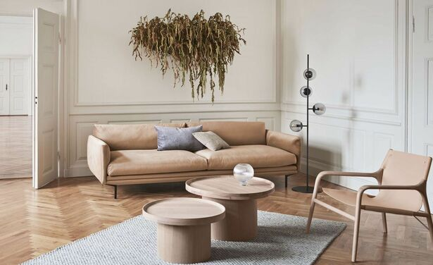 /ckfinder/userfiles/images/trendalert/202005/lomi-sofa-pouf-classic-cushion-plateau-soul-orb-scandinavia-rug-calice-mr_-big.jpg
