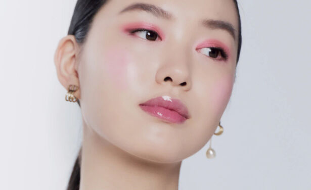 /ckfinder/userfiles/images/trendalert/202101/Dior-voorjaarskriebels-beste-roze-make-up-looks-voor-iedere-huidskleur-lippenstift-lipgloss-oogschaduw-blush.jpg