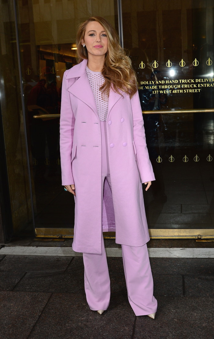 Blake Lively rockt 14 outfits in 3 dagen