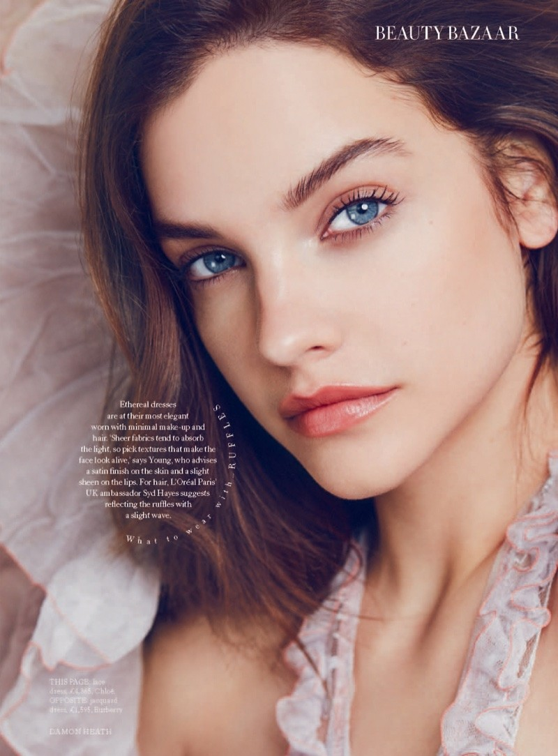 Barbara Palvin showt herfst beauty trends in Harper's Bazaar